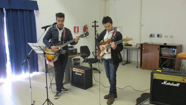 L'accompagnamento musicale di Giacomo Antenozio e Simone Feuda