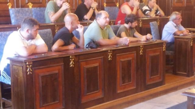 Alcuni commercianti presenti all'incontro con il sindaco