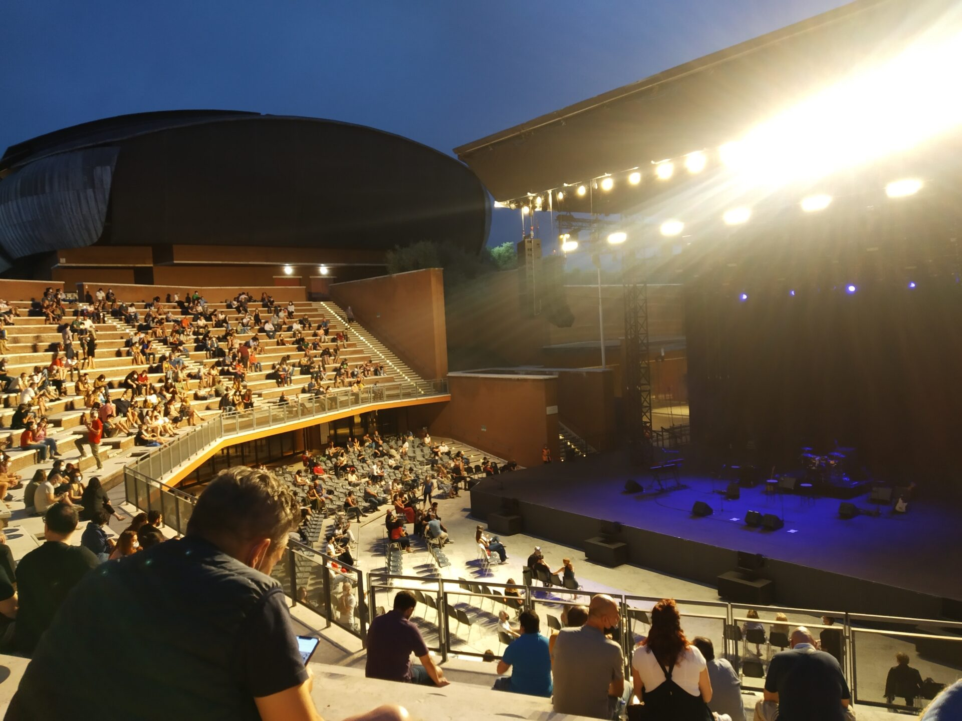 """La pandemia e il ritorno ai live all'Auditorium Parco della Musica: il concerto de """"Latte e i suoi Derivati"""""""