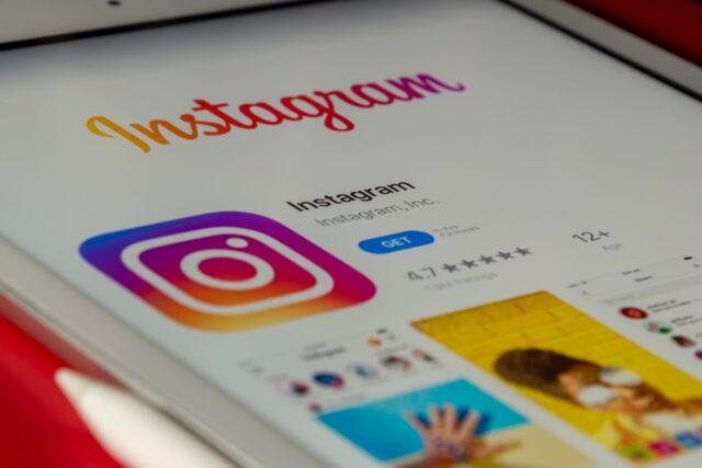 Instagram applicherà automaticamente il profilo privato a tutti gli account appartenenti ai minori di 16 anni.